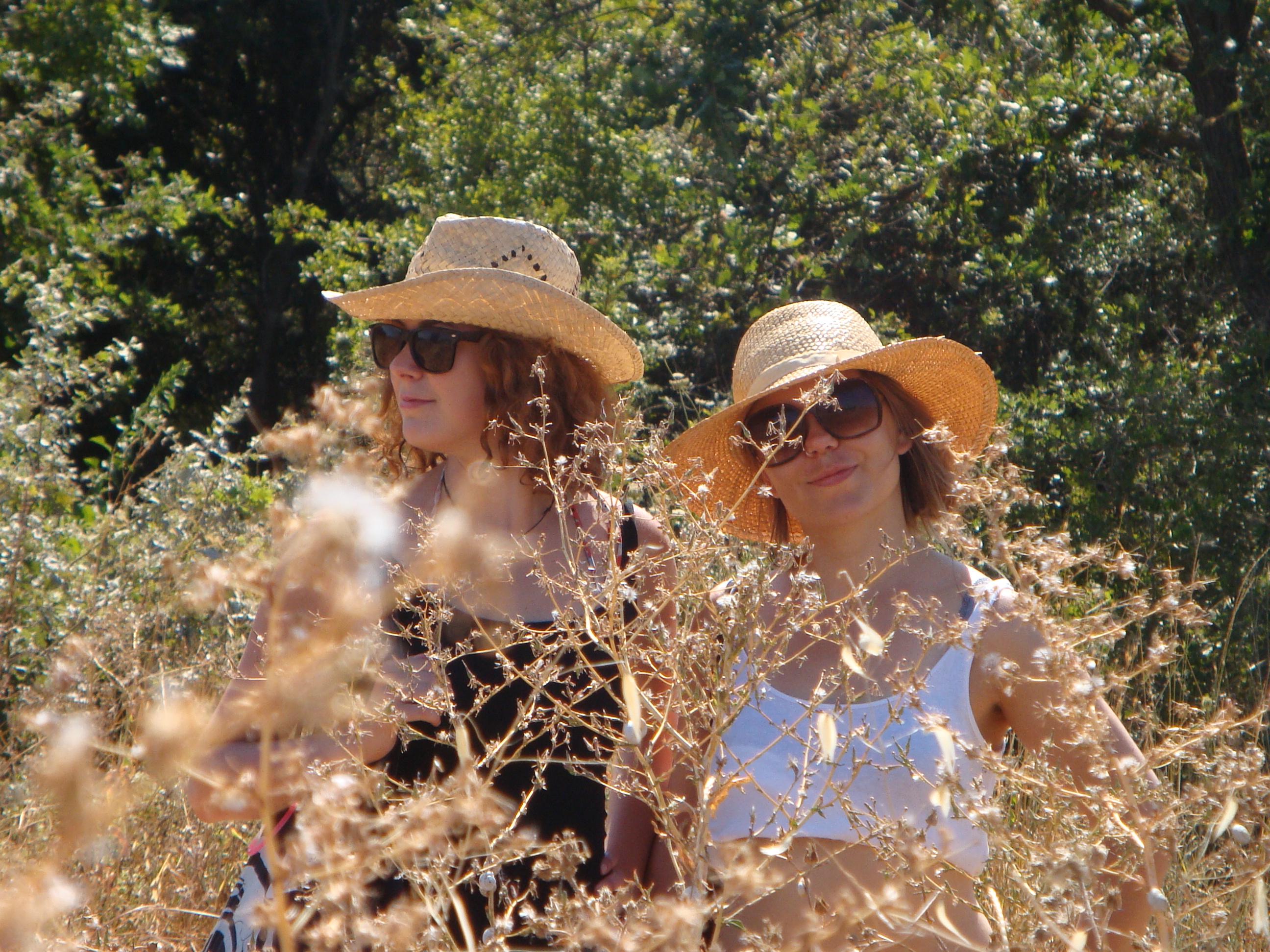 Clarissa Scheve und Julia Zimmermann erzählen die Geschichte von zwei Kindern, die den Grusel-Faktor von Werder an der Havel untersuchen. Foto: KulturGarage Werder