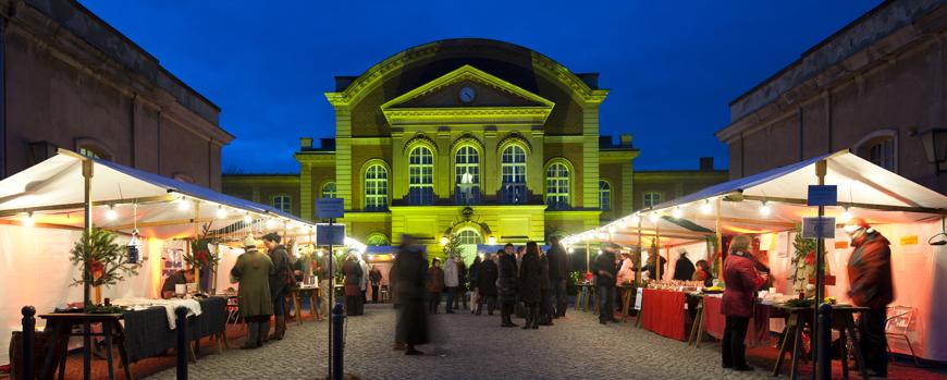 11-548_Weihnachtsmarkt2011_Foto_Karla_Fritze